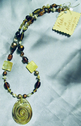 Yellow and gold glass necklace.jpg