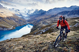 Mountainbike durch den See