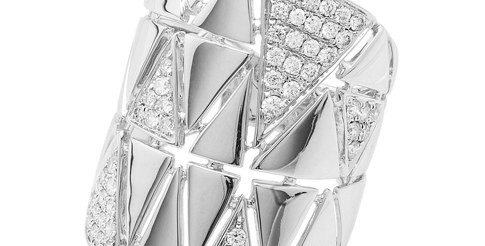Flat spikes diamond ring