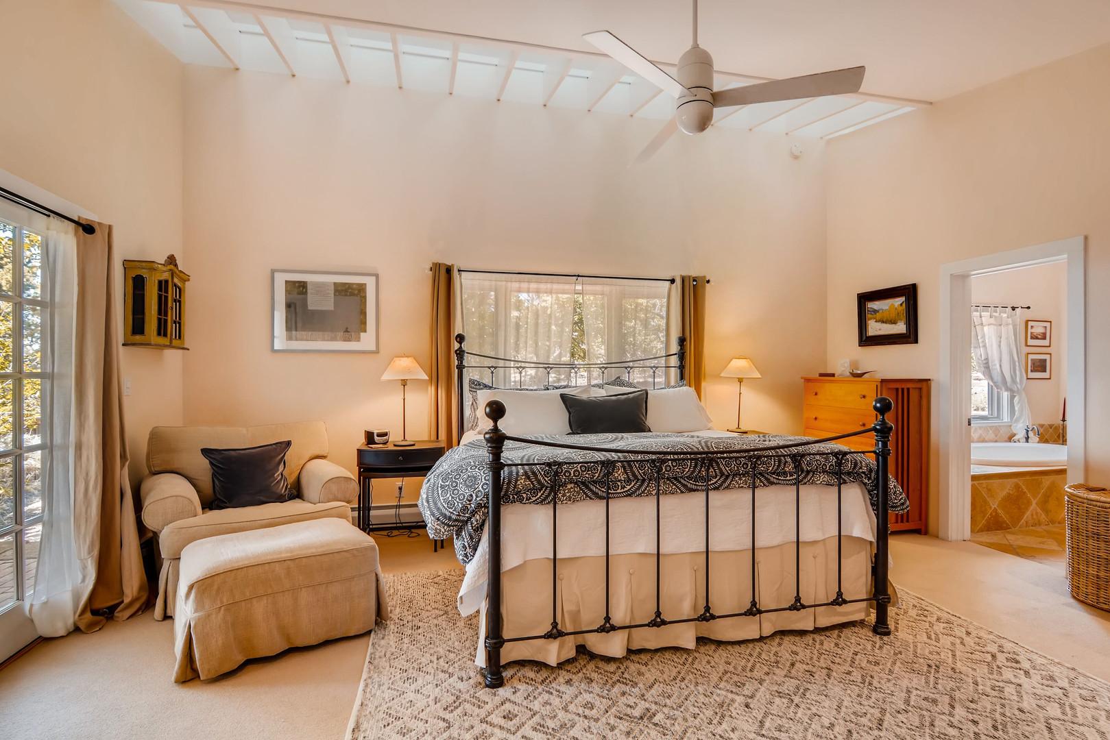 Double Arrow   Master Bedroom