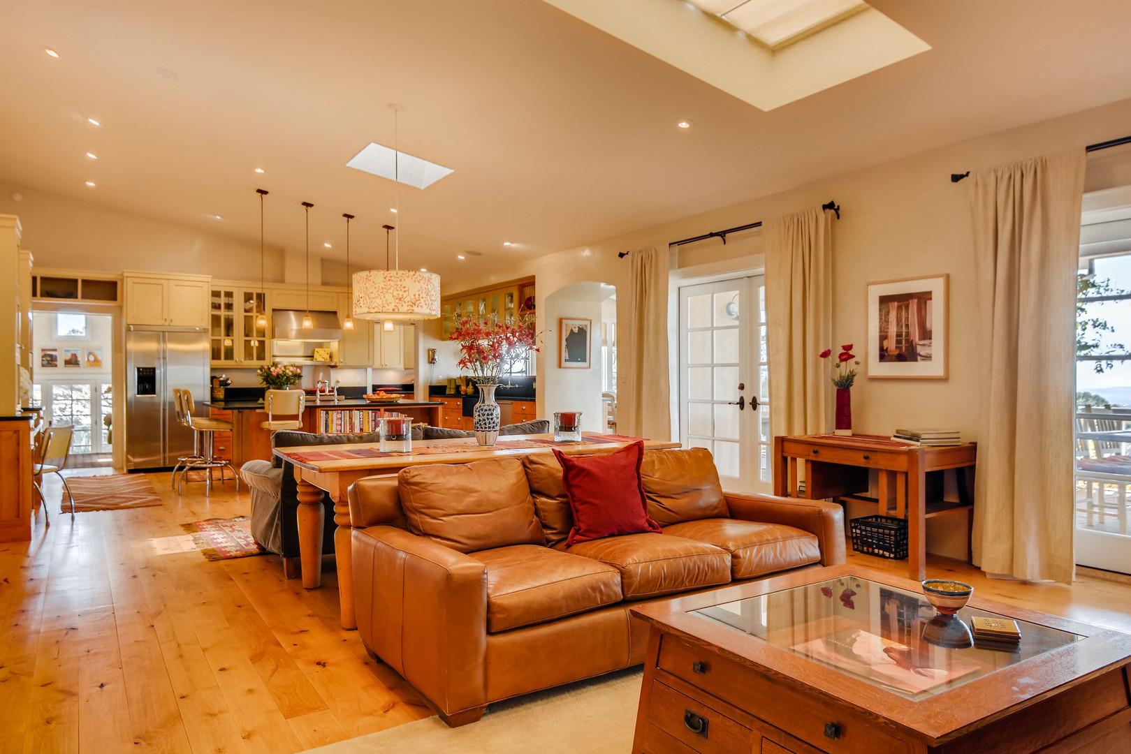Double Arrow   Living Room