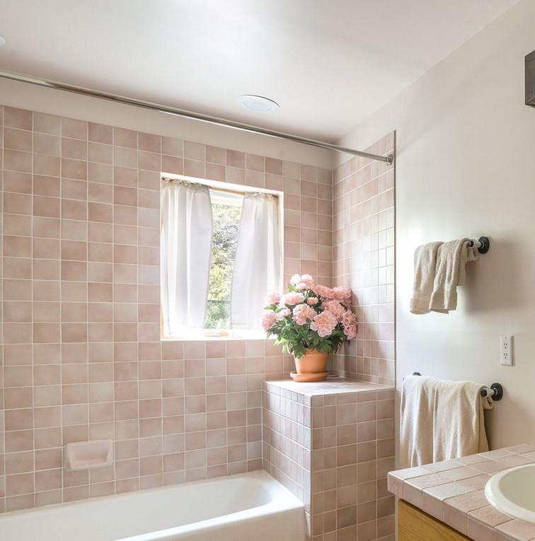 Vista Serena | Calming Pink Bathroom Detail