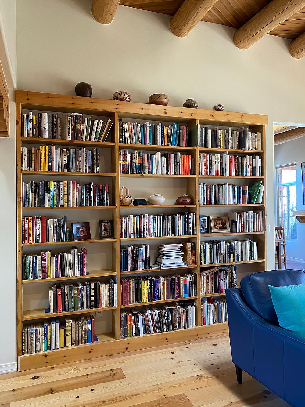 Custom designed built in bookcase in SW style living room