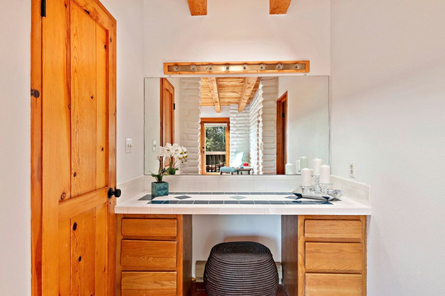Verano Place | Vanity Nook in Santa Fe Master Bedroom