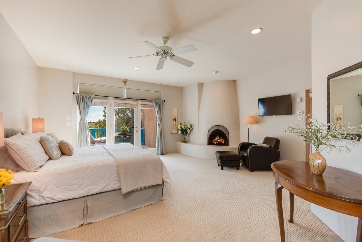 Paseo Del Sur | Master Bedroom With Kiva Fireplace