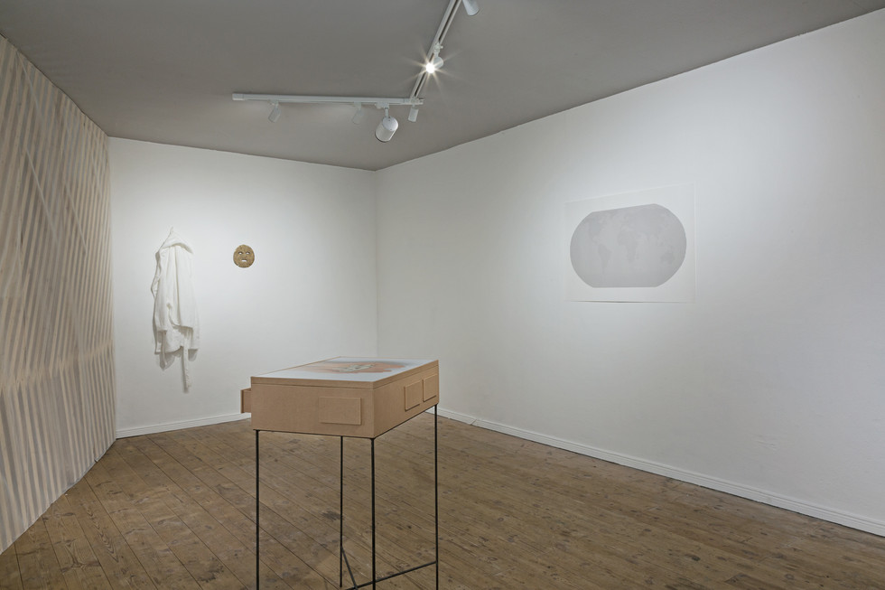Group exhibition view 'Asynchronicity of Now', Abteilung für Alles andere, Berlin, 2021  *photo by Anneliese Greve