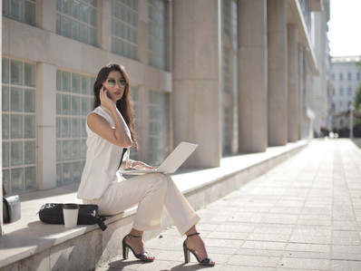 Women`s Business Formal Wear Decoded-How To Start Creating Your Go to Office Look