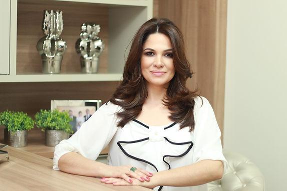 Cíntia Barra - Arquiteta e designer de interiores