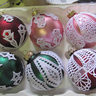 christmas ornaments 001.jpg