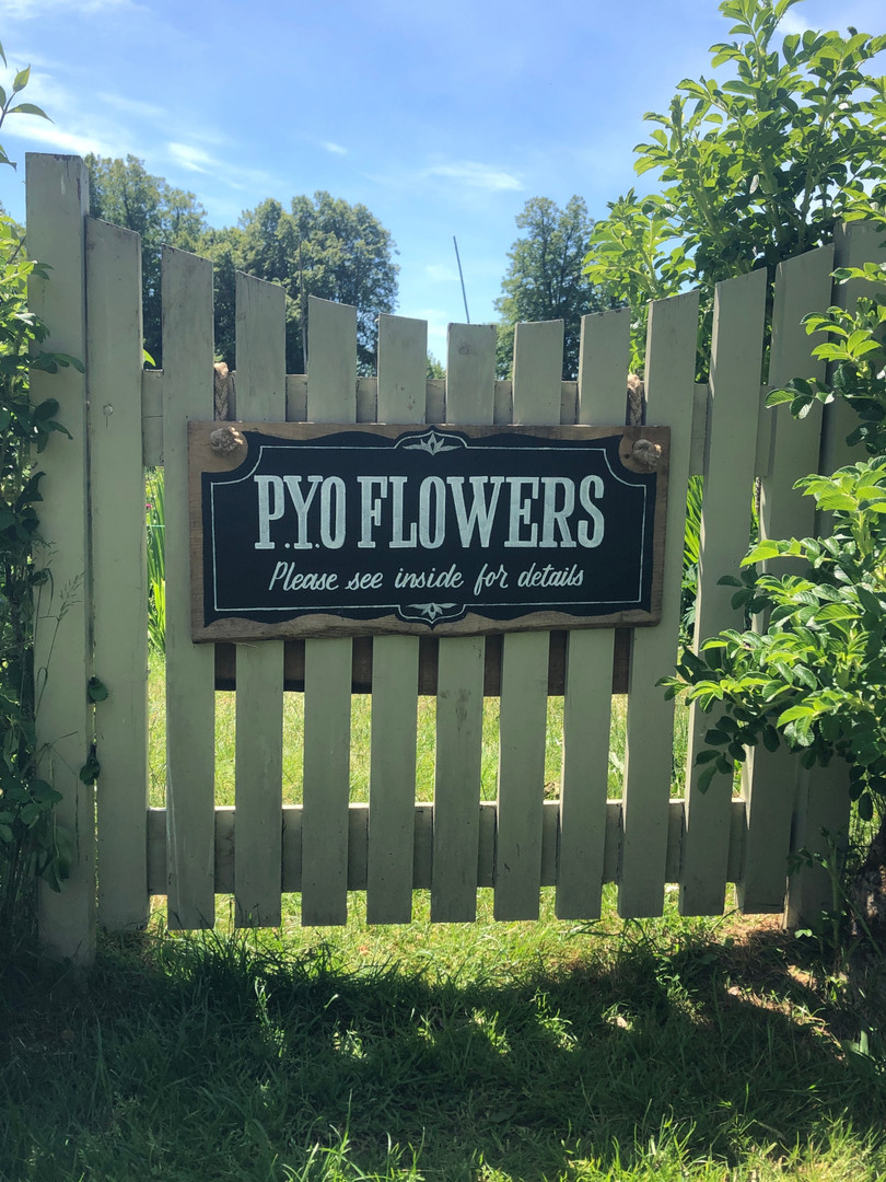 PYO Flowers Sign
