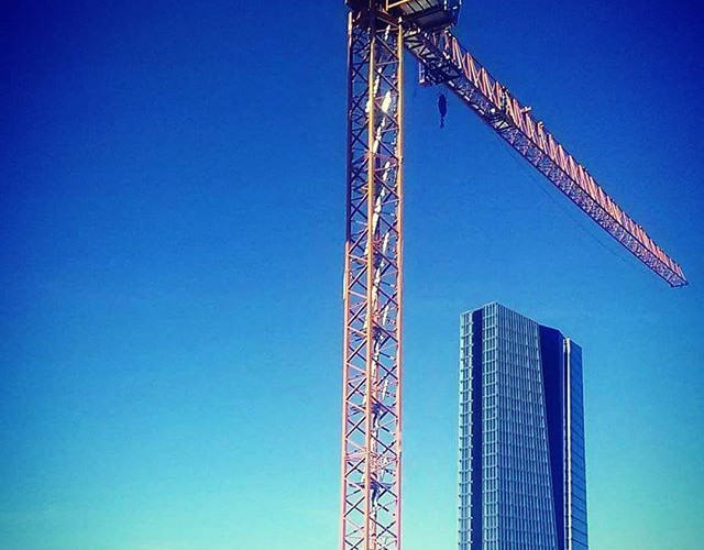 Tower crane in Paris