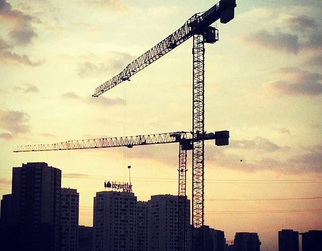 Repost _bemtaskulevinc _#towercranes #cr