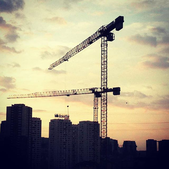 Repost _bemtaskulevinc _#towercranes #cr