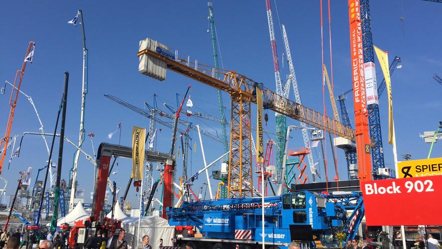 BAUMA 2016 - tower cranes