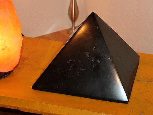 ピラミッド L (15cm)