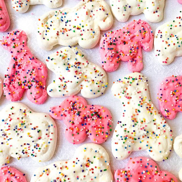 Animal Cookie Meringues