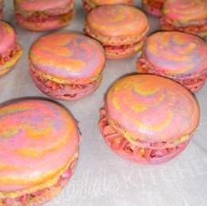 Vanilla Swirl Macarons