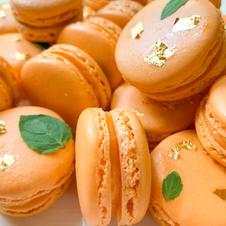 Orangesicle Macarons