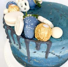 Deep Blue Ombre Cake