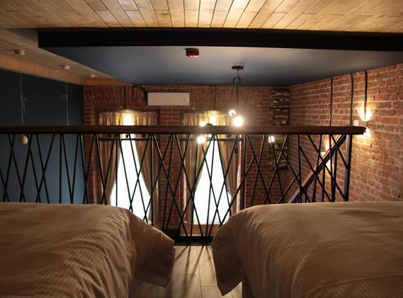 superior bed room2.JPG