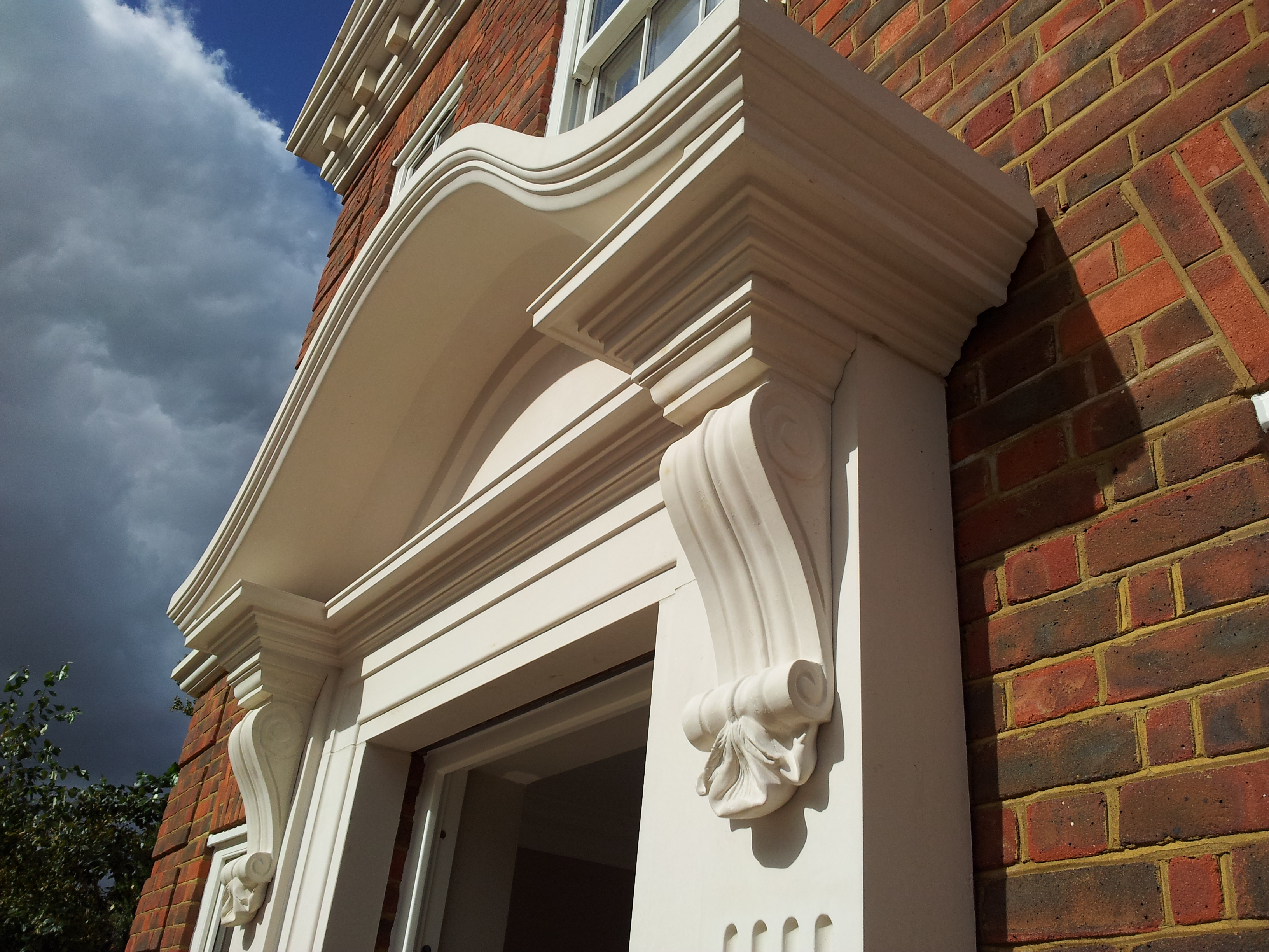 Meadow House door surround (B96)