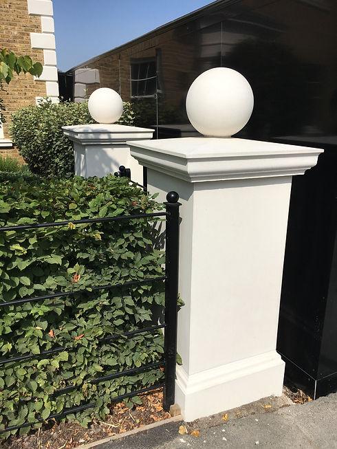 Dormer Cottage pillar, cap and ball_edit