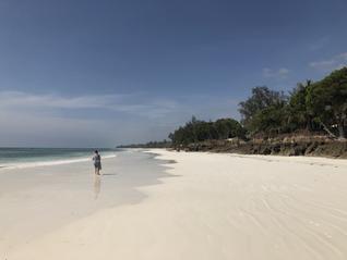 Beach.HEIC