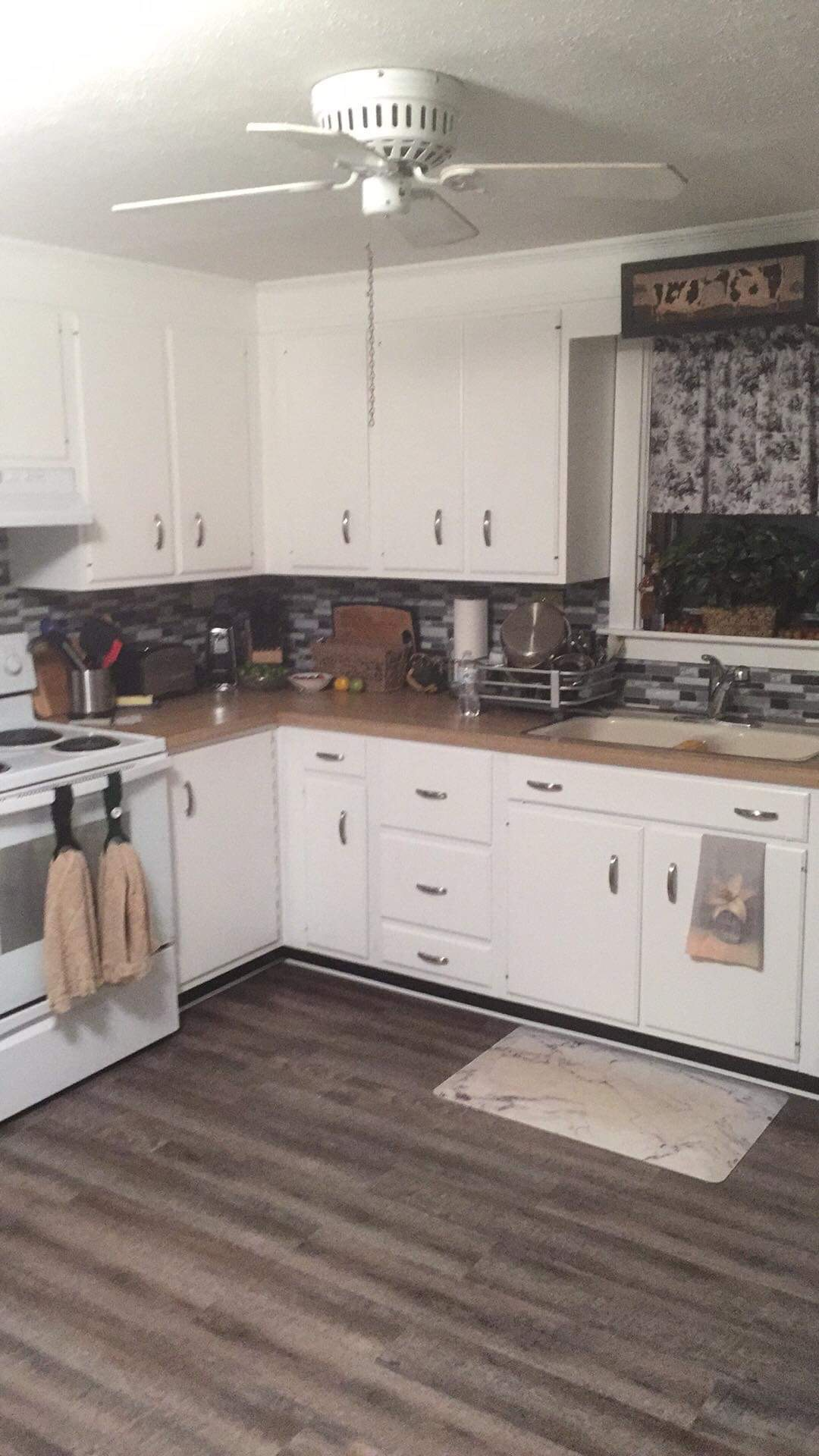 Kitchen Facelift in NH