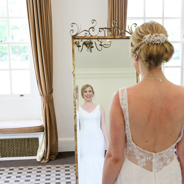 bespoke-bridal-accessories-customweddin