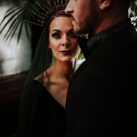 Luxe black wedding shoot - Dark and decadent bride