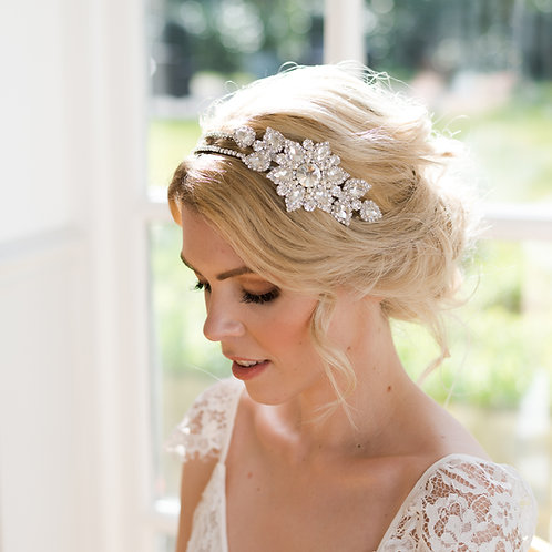 Vintage bridal hair piece with crystal and pearl