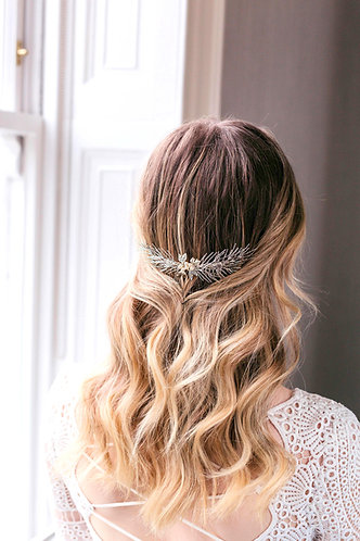 Boho bridal leaf hair comb in silver and gold