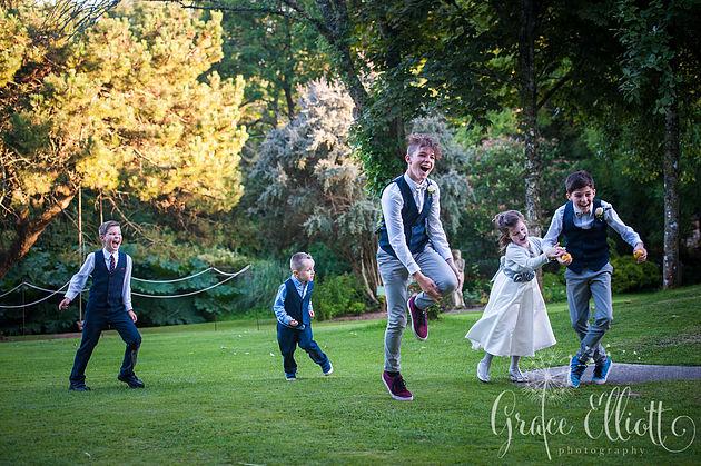 wedding-hilton-court-gardens-emma-jon15