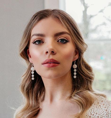 Simple pearl bridal earrings - Fenna
