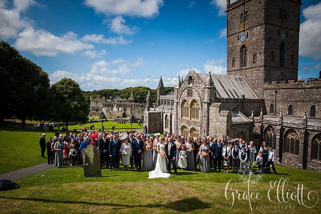 st-davids-cathedral-wedding-emma-jon3