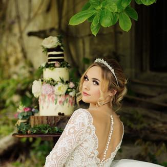 Luxury-wedding-headpiece-levana