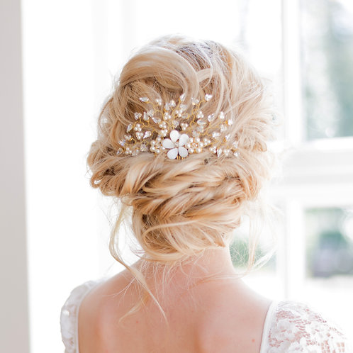 Crystal and Pearl bridal hair comb Daisy
