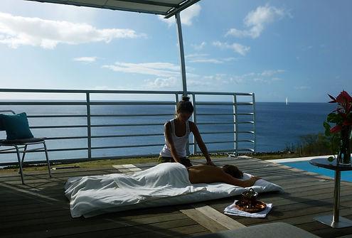 massage bien-être ayurvédique au blue haven villa bouillante guadeloupe