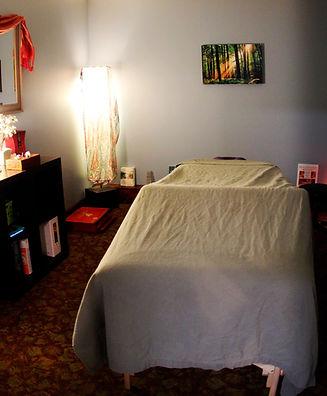 massage%20room_edited.jpg