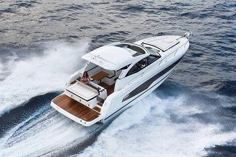 Jeanneau_Motorboat_Leader36.jpg