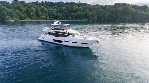 y85-exterior-white-hull-06.jpg