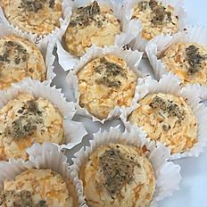 Keto Cheddar Garlic Biscuit