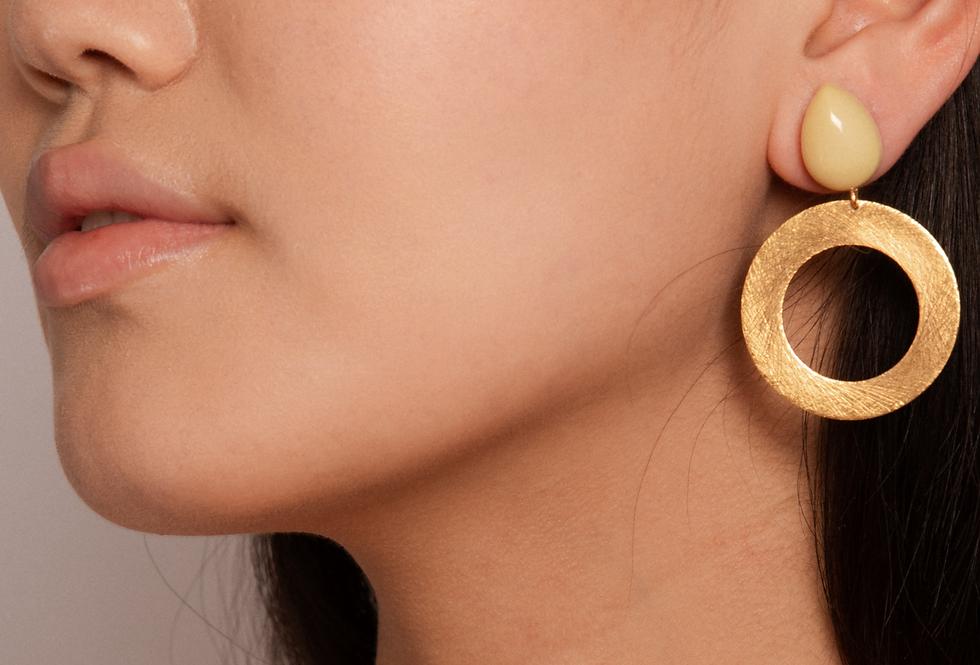 Lago earrings soft yellow
