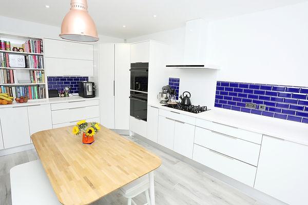 Full kitchen L.jpeg