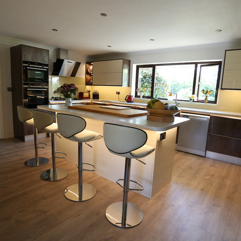 Cream and Amber Luxe with Athena worktop