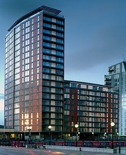 conran-and-partners_salford-quays_150603