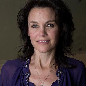 Robyn Robertson