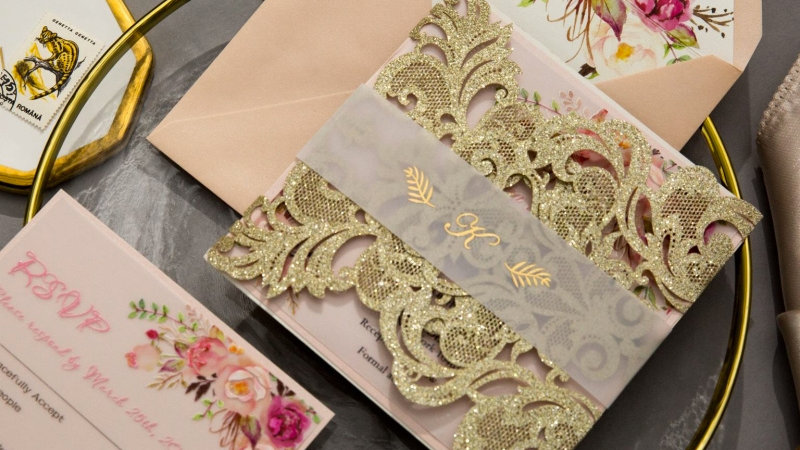 Gold Floral Lace Invitations (50 Count)