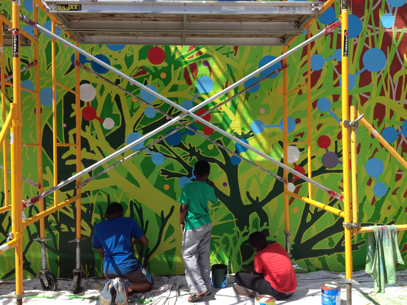 12.Painting_Trees_on_Wall.jpg