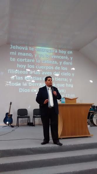 Pastor Peruano Visita Chile